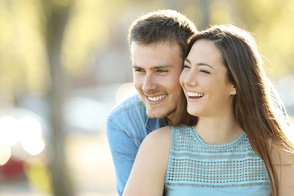キミといるときが一番幸せ♡男が彼女にする「ベタ惚れ仕草」4つ