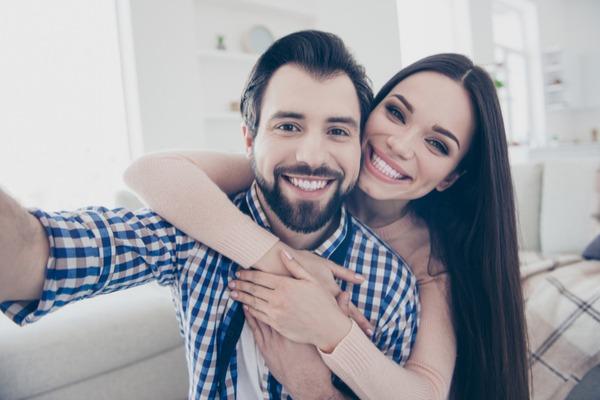 結婚大前提?男性が将来を考えて「付き合いたくなる女性の特徴」