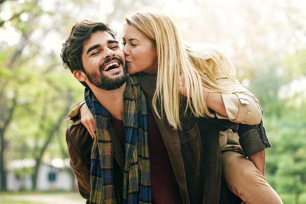 こんなの初めてだよ~!大人なキスで男を「興奮させる」方法とは?
