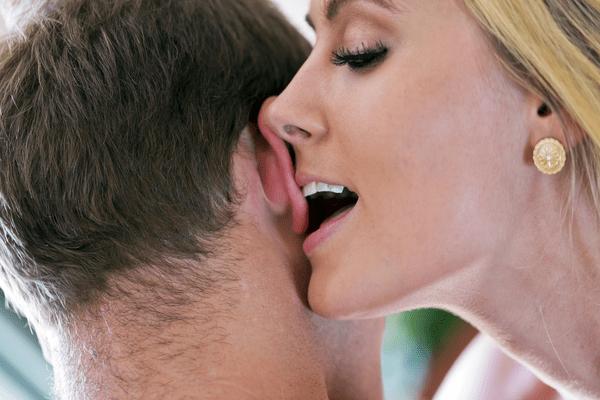 ちょ、その触れ方エロい♡男が「sex中に触れられたい所」