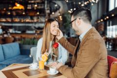 女性が第一印象で「惹かれる男性」の特徴とは?