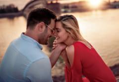 そうそうコレ…♡男性が【本命彼女】にしかしないキスの特徴とは