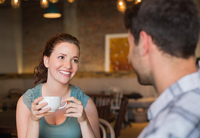 ずっと君のこと考えてる♡男性が「会いたい」と思う女性の共通点