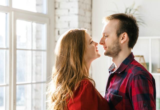 してもいいのかな…?男性が「キスしたいと思う瞬間」4選