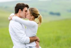 良すぎる!2人とも「気持ちよくなれるキス」の仕方って?