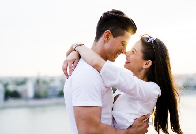 ずっと一緒にいたい!男性が思わず「愛したくなる女性」の特徴