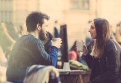 好きで好きでどうしようもない!あなたに惚れてる男性がする「デートの特徴」