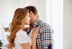 「んっ…♡」男性をゾクゾクさせる【SEX中のエロテク】4つ