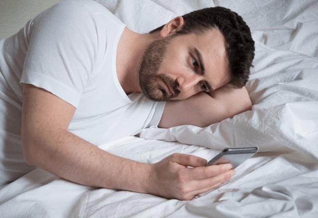 しんどすぎ…男性の「ストレス」が溜まる【女性からのLINE】とは