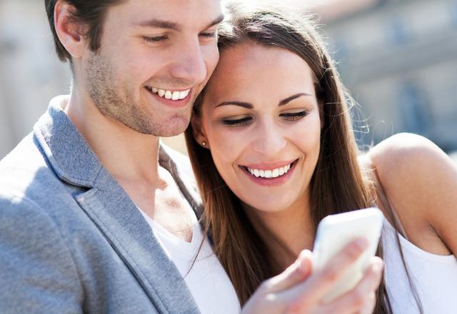 """マンネリ化してもよさそうなのに""""ずっと仲良しな夫婦""""のLINEの共通点"""